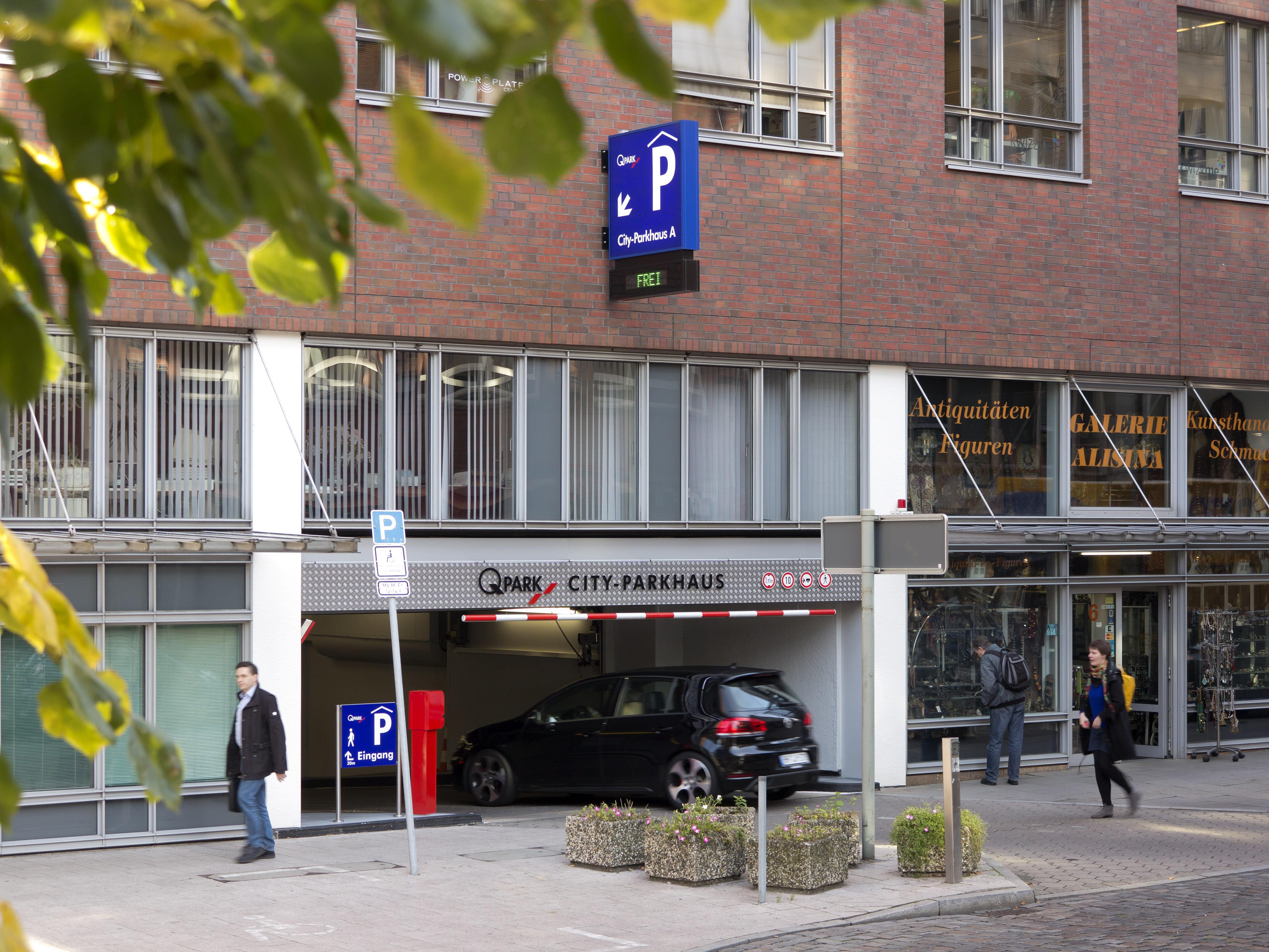 Hamburg_CityParkhaus